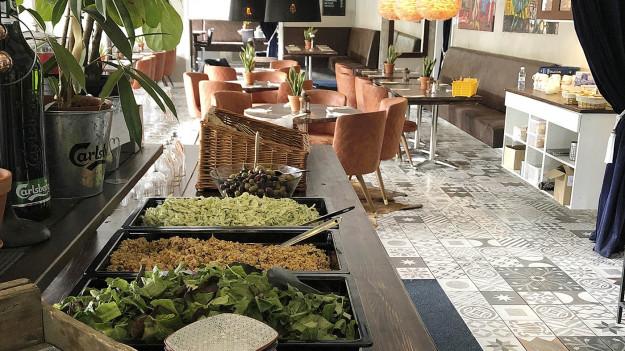 Buffémat serverad inne i restaurang Belugia i Falkenberg